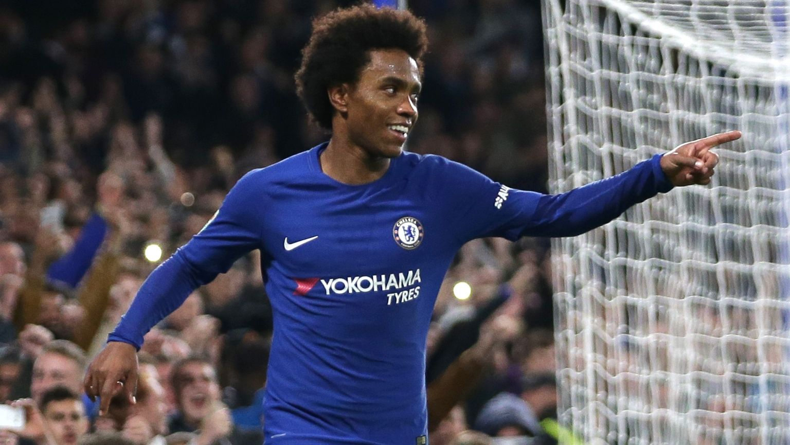 Willian has attracted interest from manchester United