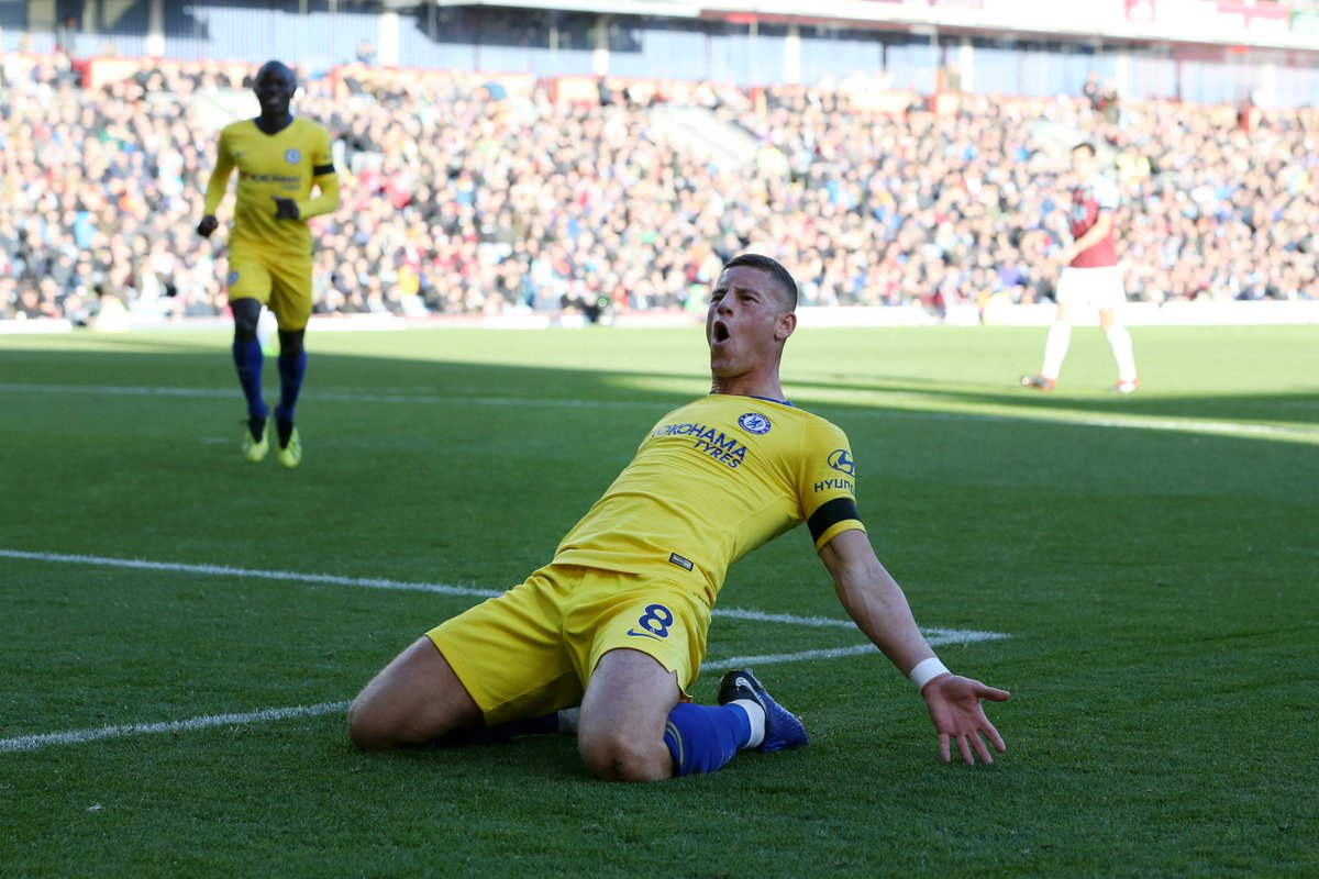 Chelsea boss Frank Lampard has called up Ross Barkley to congratulate him