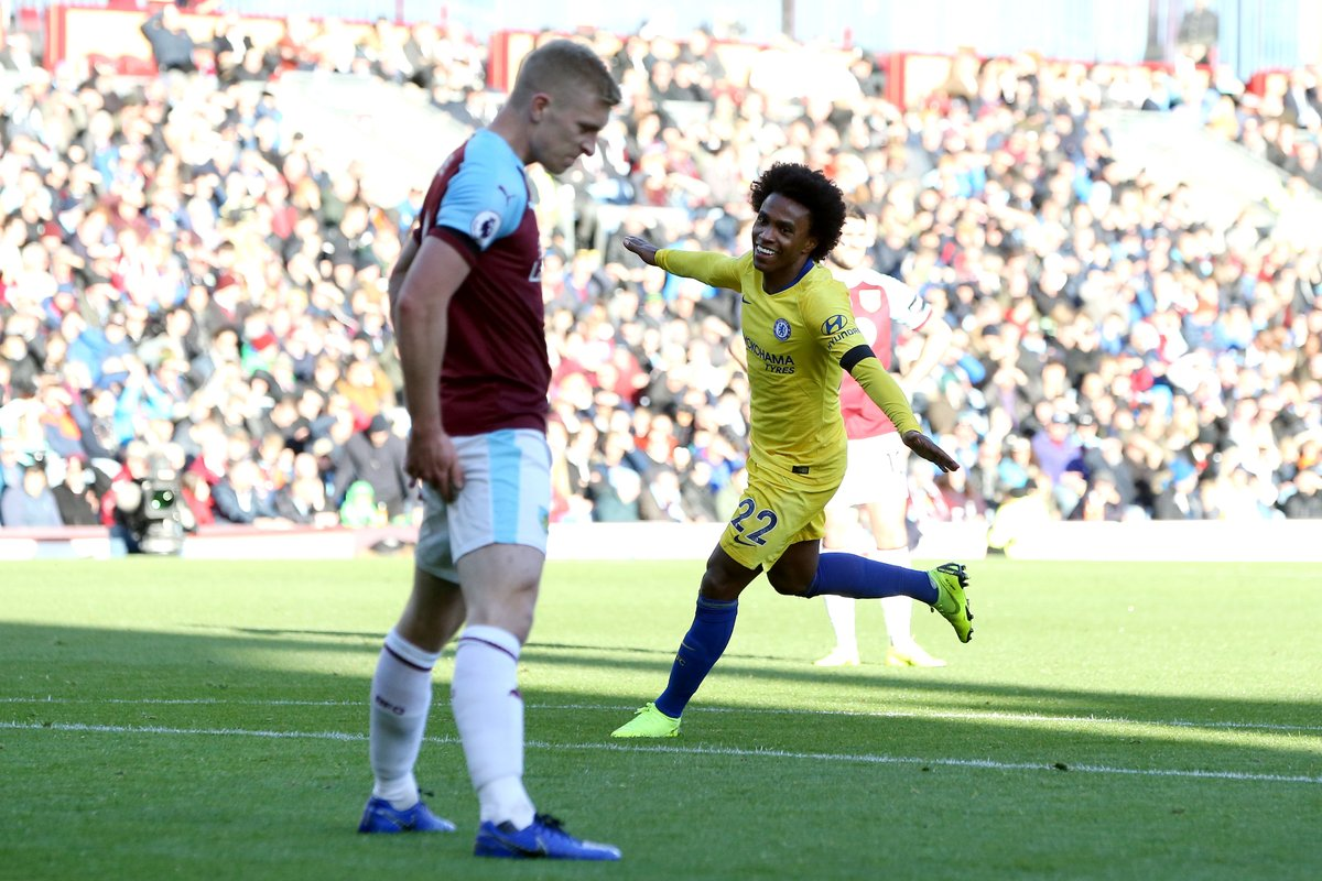 Willian celebrates after scoring