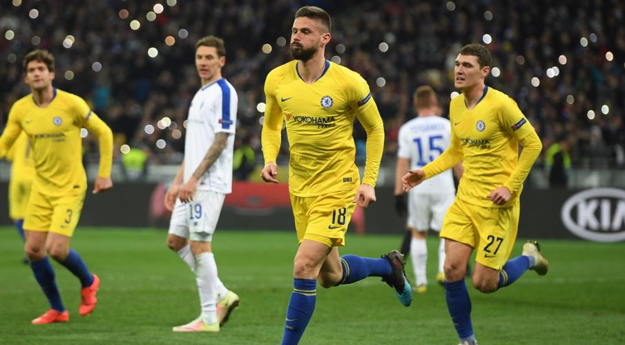 Olivier Giroud was close to leaving Chelsea in January
