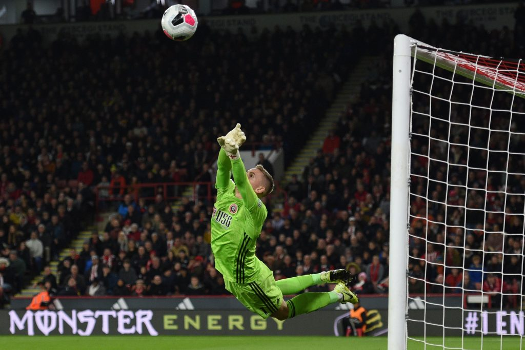 Manchester United look set to send Dean Henderson out on loan amidst interest from Chelsea.