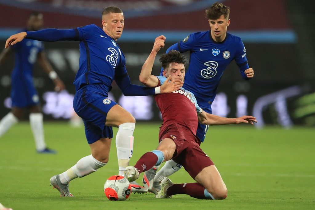 West Ham United will need to sell Declan Rice to fund transfers this summer. This is good news for Chelsea aho are interested in the player.