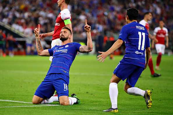 Olivier Giroud will consider his Chelsea future in January