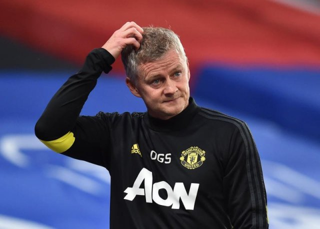 Ole Gunnar Solskjaer has suggested Frank Lampard influencing officials in Manchester United's FA Cup semi-final defeat to Chelsea