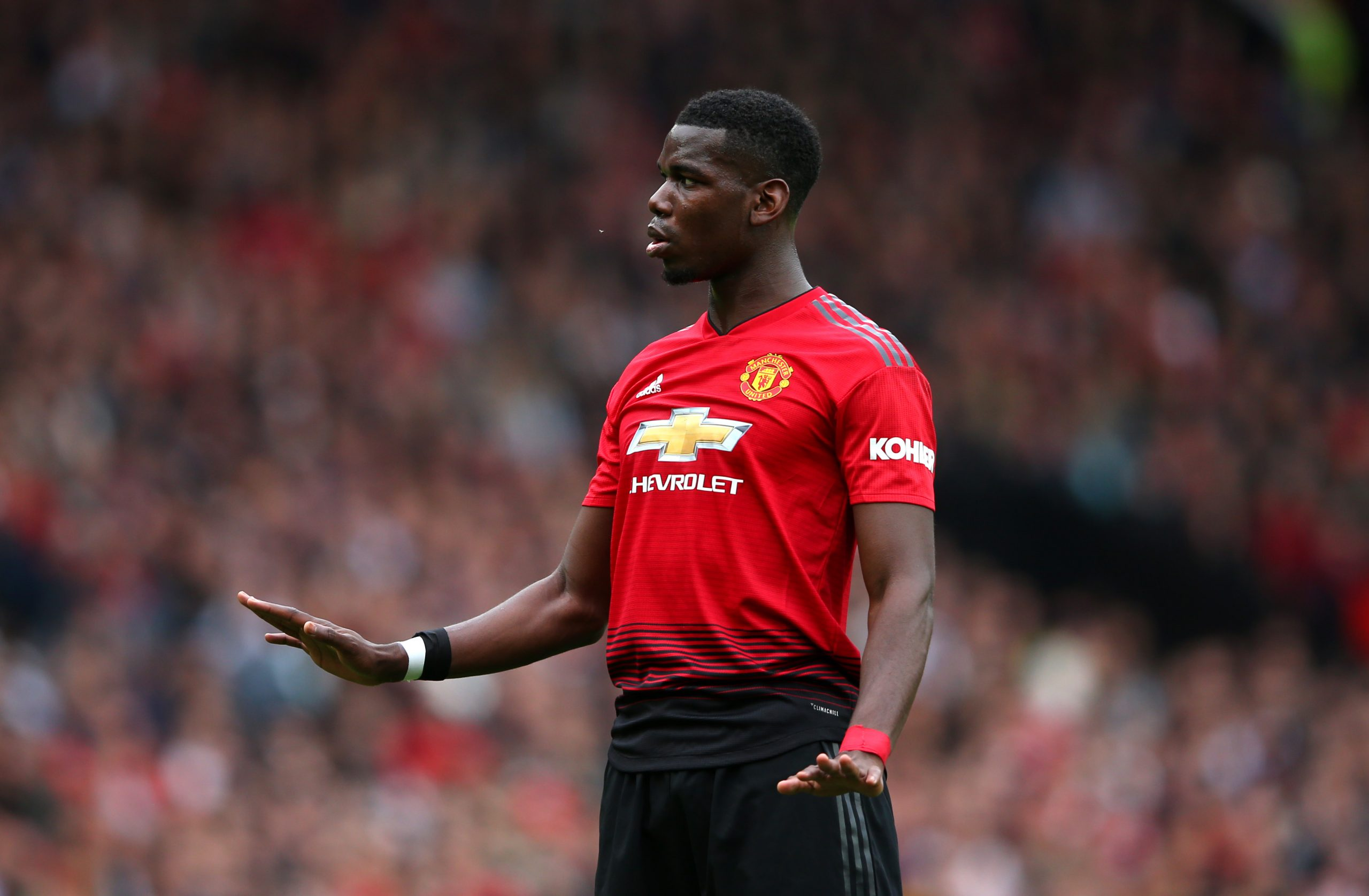 Betting odds see Chelsea fourth in the list of clubs who can sign Paul Pogba in January. (GETTY Images)