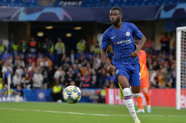 AC Milan have entered the race for Chelsea defender Fikayo Tomori.