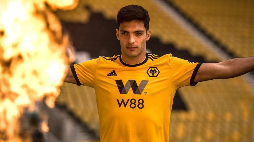 Wolves were keen to bring in Giroud as a replacement for Raul Jimenez