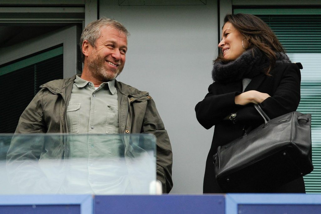 Chelsea owner Roman Abramovich and club chief Marina Granovskaia are at odds regarding what to do with Frank Lampard.