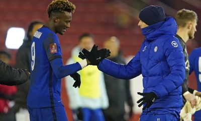 Thomas Tuchel celebrates with Tammy Abraham after his goal was enough to put Chelsea through to the 6th round of the FA Cup.
