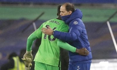 Chelsea's German head coach Thomas Tuchel (L) reacts with Chelsea goalkeeper, Edouard Mendy after Wolves tie. (GETTY Images)