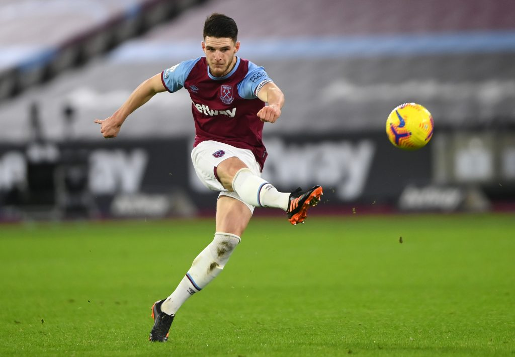Declan Rice of West Ham United takes a shot
