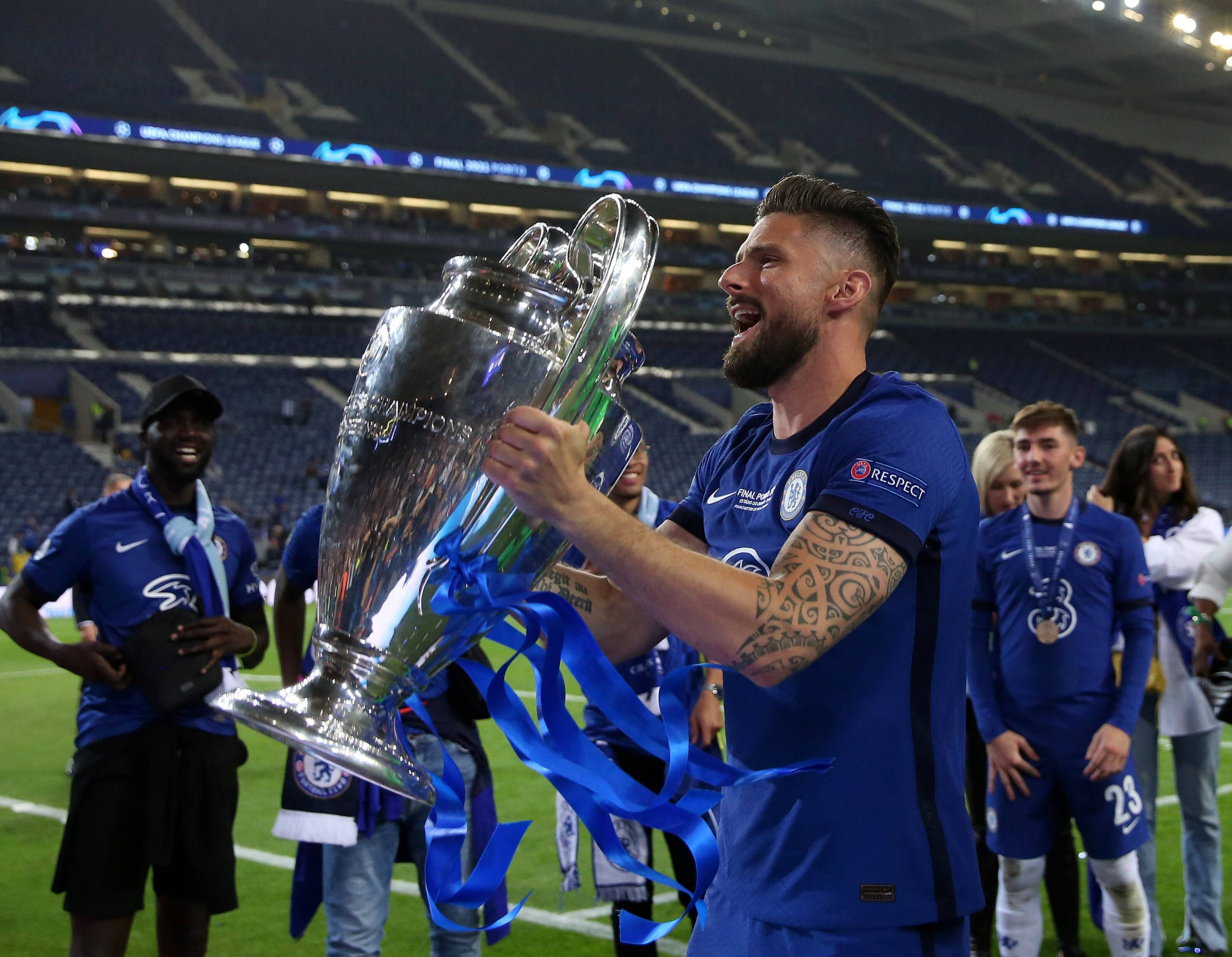Olivier Giroud of Chelsea celebrates during the UEFA Champions League match