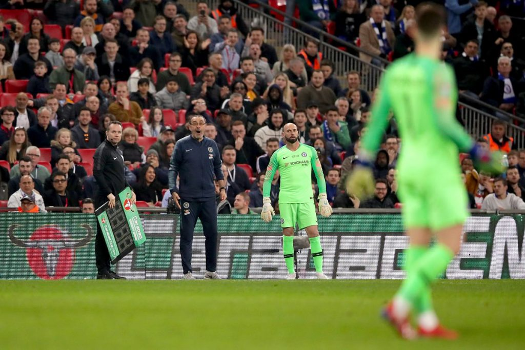 Chelsea goalkeeper Kepa Arrizabalaga has apologized to former boss Maurizio Sarri over their public stand-off during the 2019 Carabao Cup final.